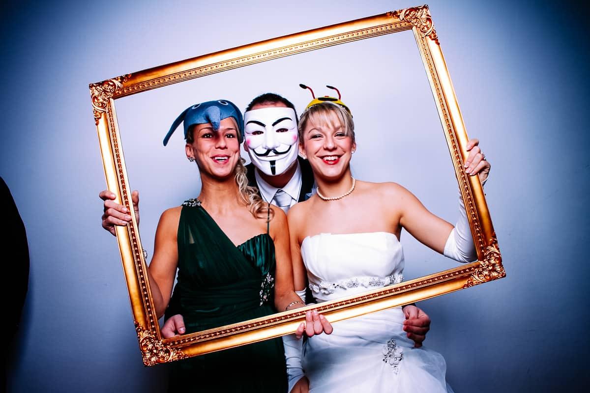 Braut mit Rahmen photobooth